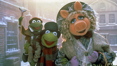 Tiny-Tim-Kermit-and-Miss-Piggy-in-Muppet-Christmas-Carol
